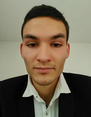 Etudiant en IUT à Bordeaux, je donne des cours particuliers en mathématiques et en physique chimie