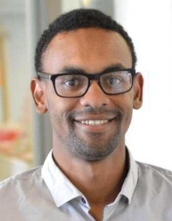 Ingénieur diplômé de l 'école des mines de Douai donne des cours Particuliers Maths ,Physiques et chimie