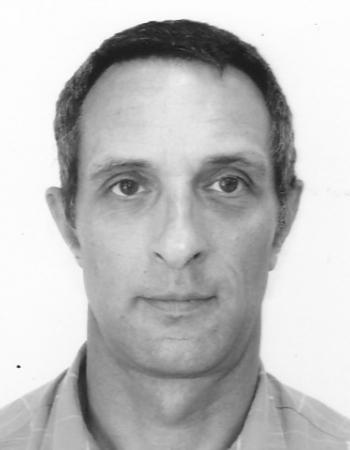 Docteur de l'Ecole Centrale de Paris Professeur de Mathématiques et de Physique à l'Ecole des Ingénieurs de la ville de Paris donne cours à domicile