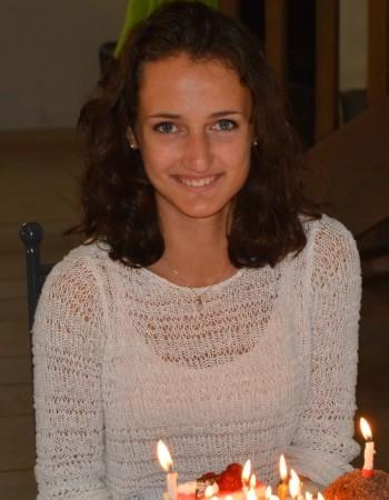 Etudiante passionnée donne cours de mathématiques à domicile sur Dijon ou par Internet
