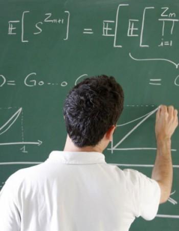 Élève ayant terminé une classe préparatoire scientifique, je donne des cours particuliers ou en groupe de Maths, Physique et Sciences de l'Ingénieur.