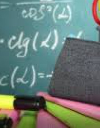 Etudiante de prépa donne cours particuliers de l'école primaire à la terminale