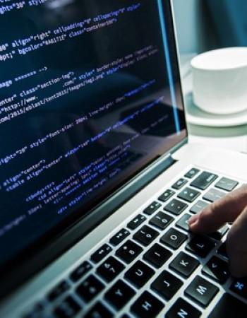 Freelancer vous propose  Cours/Soutient /Projet/ Tp en informatique (Algorithmique,web,Java,c&système,Architecture) .