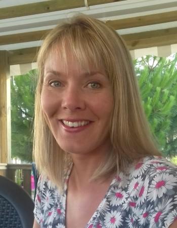 Professeure d'anglais native diplômée du TEFL, offre de cours particuliers, en groupe ou en ligne