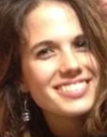 Jeune diplômée italienne donne cours particuliers d'italien et anglais