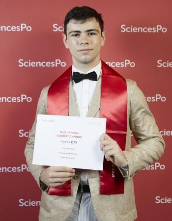Diplômé de et Maître de conférence à Sciences Po et Assas (niveau Licence est Master) en économie, donne des cours d'économie jusqu'en Master et de statistiques/économétrie avec R, Excel ou Stata