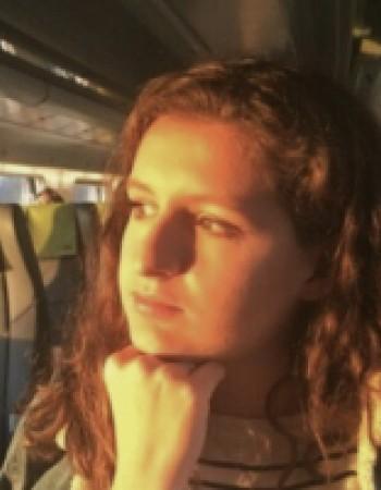 Professeur de portugais native, niveau C2, Licence langues étrangères appliquées