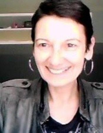 Expatriée allemande, vivant en France depuis plus de 20 ans donne cours d'anglais et d'allemand