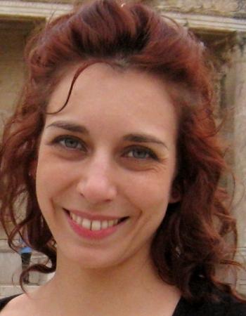 Enseignante expérimentée, titulaire du CAPES, donne cours particuliers de français