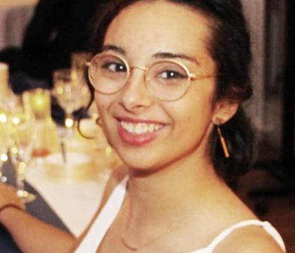 Leïla, professeur de mathématiques