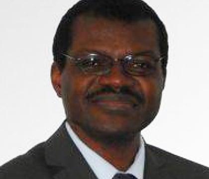 Jean-Salomon professeur pour cours particulier en rédaction de thèse et de mémoire